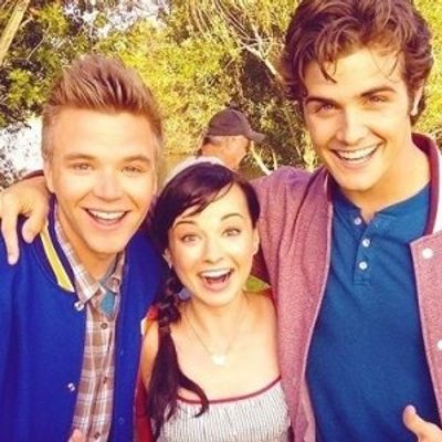 7 Reasons to Love Awkward and Add It to Your Favorites ...