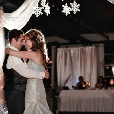 7 Country Love Songs to Play at Your Wedding ...