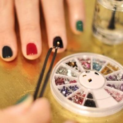 7 Easy Nail Designs and Art for Amateurs ...