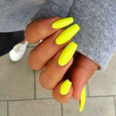 Nail Colors to Show off Your Tan ...