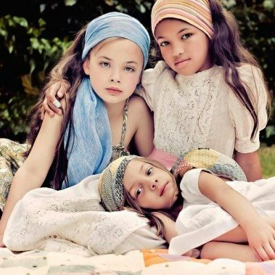 7 Lessons to Teach Your Daughter about Childhood Friendships ...