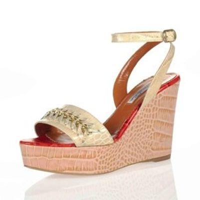 6 Chic Pastel Oscar De La Renta Sandals ...