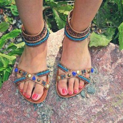 7 Stylish Open-Toed Sandals ...