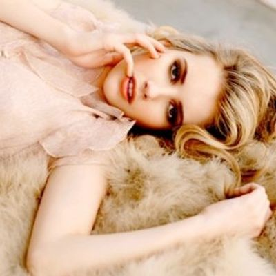 7 Fab Street Style Looks from Emma Roberts ...