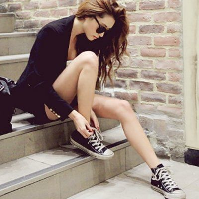 7 Street Style Outfits to Wear with Converse ...