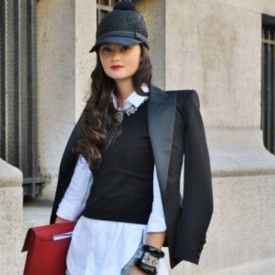 7 Streetstyle Ways to Wear a Blazer ...