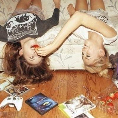 7 Fun Ideas for a Slumber Party ...