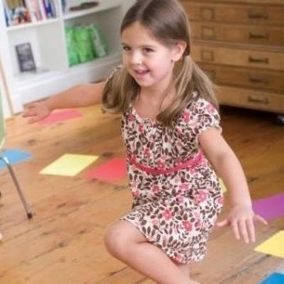 7 Go-to Babysitting Games to Entertain the Kids ...