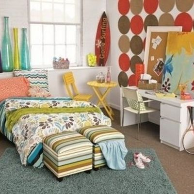 7 Tips on Organizing Your Dorm Room ...