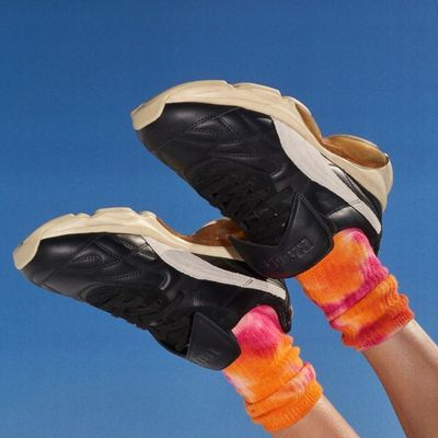 7 Running Speed Workouts to Keep You in Shape This Fall ...