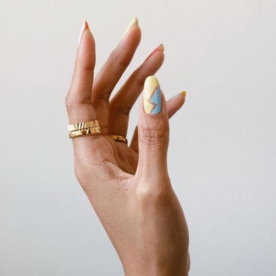 7 Miracle Ways to save Your Nails for Girls Who Did Acrylics for Way Too Long 💅 ...