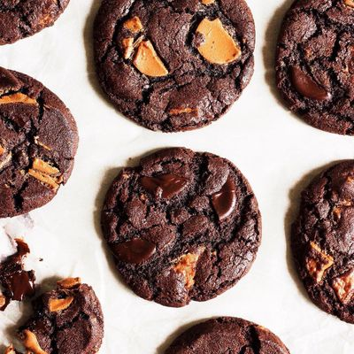 The Secret to Making the Perfect Chocolate and Peanut Butter No Bake Cookies ...