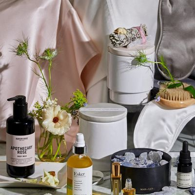 11 Crystal 💎 Infused Beauty Products 🛍 for the New Age Girls 🔮 ...