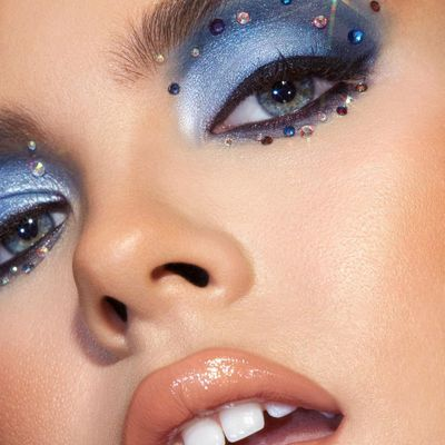Classic Tips to Help Fix a Mascara Smudge without Trashing the Rest of Your Makeup ...