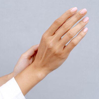 7 Whimsical Tips for White Nails ...