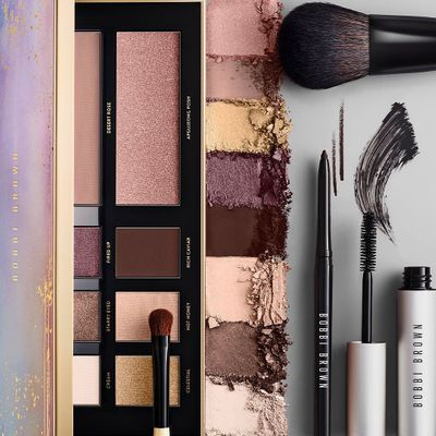 7 Great Ways to Clean Your Makeup Brushes ...