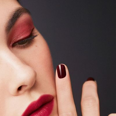 Signs Its Time to Throw out Your Nail Polish ...