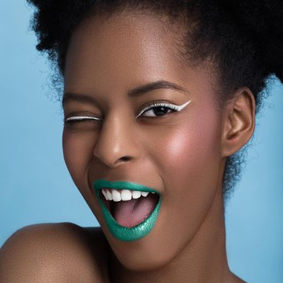 8 Highly Praised Products for Beautiful Afro Hair ...