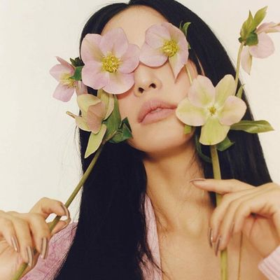 32 of Todays Amazing  Flowers Inspo for Dolls Who Want  a Bloomin  Good Day  ...