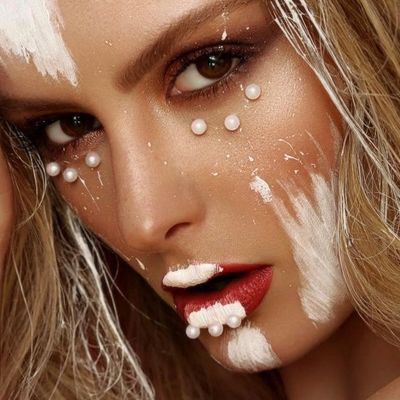 7 Candy Cane Makeup Tutorials for the Holiday Season ...