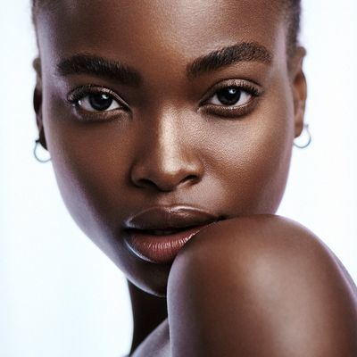 Sexy Hairstyles That Will Bring out Your Cheekbones ...