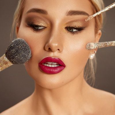 9 Makeup Brushes Every Collection Needs to Go from Humdrum to Hot Damn ...