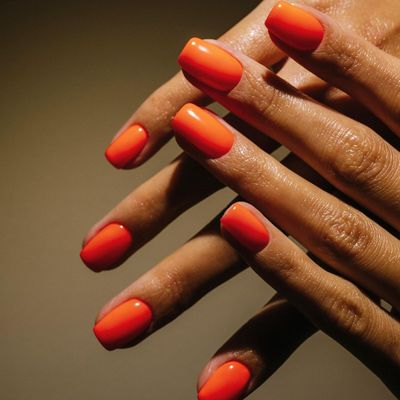 13 Tips on How to Make Nail Polish Stay on Longer ...