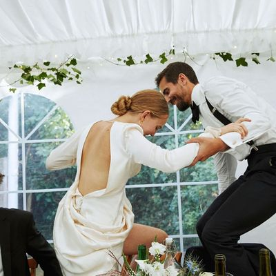7 Obvious Signs That You Are High on Wedding Fever ...
