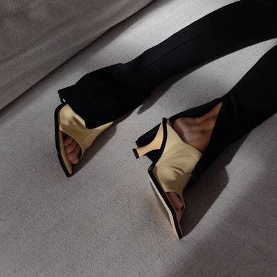 Hottest Heels  to Wear to Christmas and New Year Parties  ...