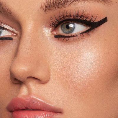8 Best Fiber Mascaras for Flirty Lashes ...