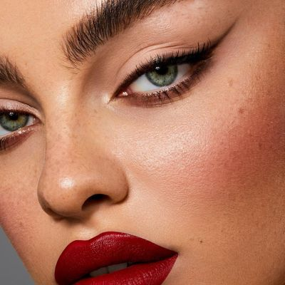 7 Makeup Tricks to Get All Eyes Focused on Your Eyes ...