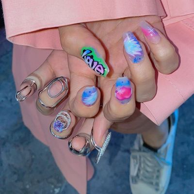 Find out  Which Fake Nails  Are Best for Your Lifestyle  ...