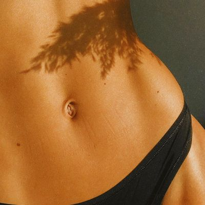 10 Phenomenal  Ways to Tighten Your Abs  at Home  for Girls  Who Dont like  the Gym  ...