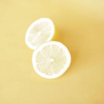 15 Powerful Reasons to Drink Lemon Water ...
