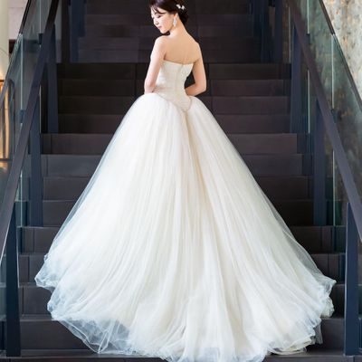 7 Signs That You Found the It Wedding Dress ...