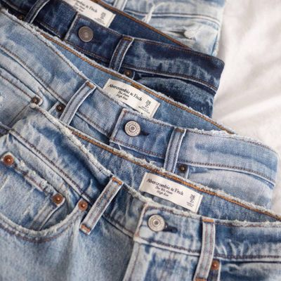 17 Brands to Buy Perfect Jeans for Men ...