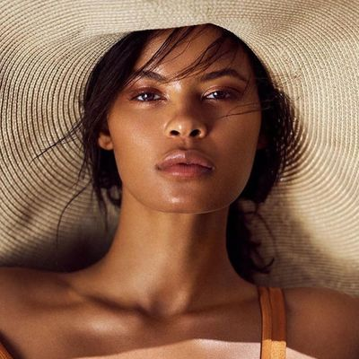 40 Celebs Stunning in Floppy Hats👒. How do You Wear Yours?👒 ...