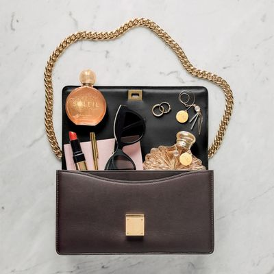 19 Things All Women 💯 Should Have in Their Purse 👛 on the Daily 📆 ...