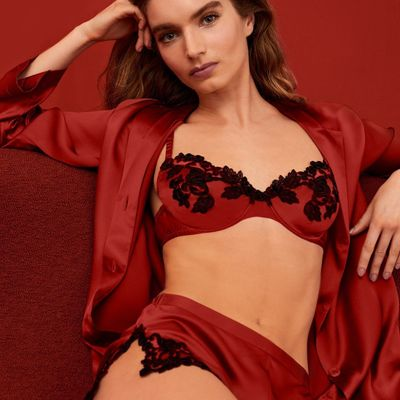 5 Luxurious Lingerie 😍 Brands You Need to Shop 🛍 to Amp 🔥 Your Sex Appeal 😘 ...