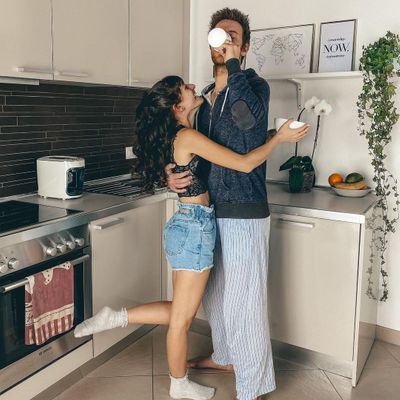 How-to Guide 📕 to Get Your Man to Move in with You 🏡 for Girls Ready to Take the Next Step 🚻 ...