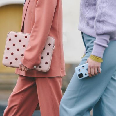 First-Rate Stores with Fashionable Tech Accessories ...