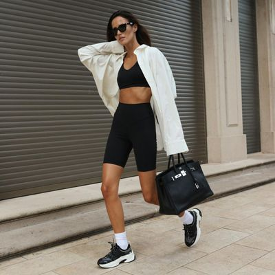 7 Cutest Airport Outfits for Women Who Love Functional Clothes  ...