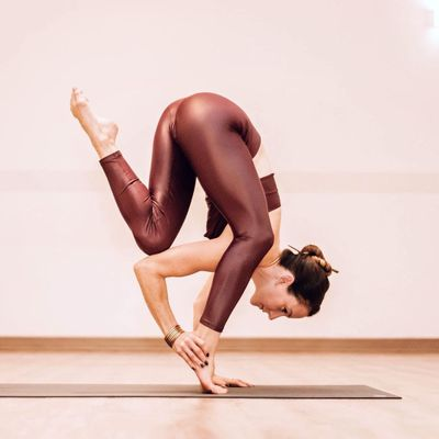 Awesome  Reasons to Start  Yoga  This Year  for Girls Improving  Their Fitness  ...
