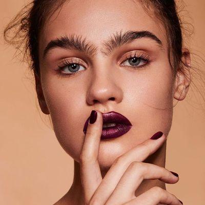 7 Makeup Tricks for Faking Flawless Skin ...