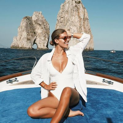 Fab 👌🏼 Tips for Reapplying Sunscreen ☀️ with a Face Full of Makeup 💄 ...