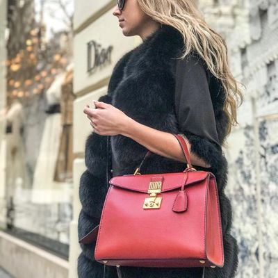 7 Important Factors to Consider before Buying a New Purse ...