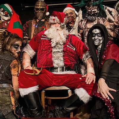 Your Guide 📘 to Christmas 🎄 Horror Movies 😱 ...