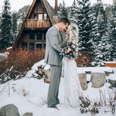 """14 Pictures 📸 for Winter ❄️ Wedding 👰 Inspiration 💡 That Will Make You 👍 Want to Say """"I do"""" 💍 ..."""