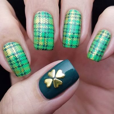 Spread the Luck: 50 Nail Designs 💅for St. Patrick's Day ☘️ ...
