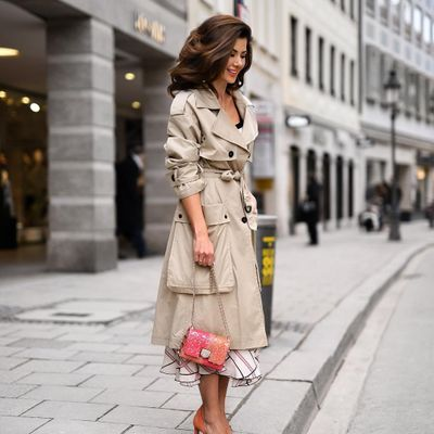 7 Amazingly Colorful Trench Coats ...